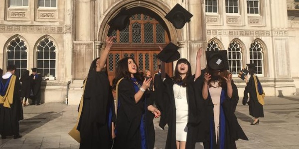 coventry-uni-graduation-16_5